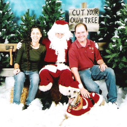 angela, santa, dave, and dingo.jpg (161896 bytes)